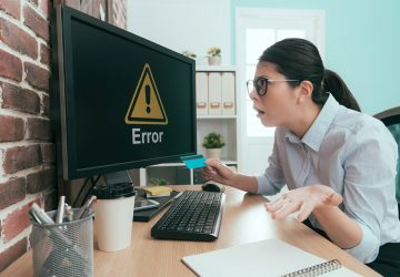 Nainen_system_error